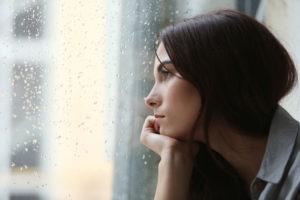悩みに苦悩するGIDの女性